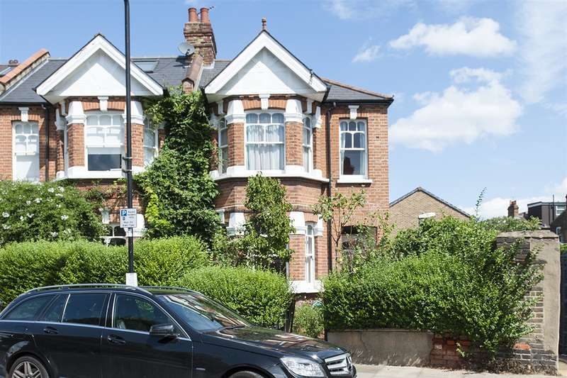 3 Bedrooms End Of Terrace House for sale in Valetta Road, Acton