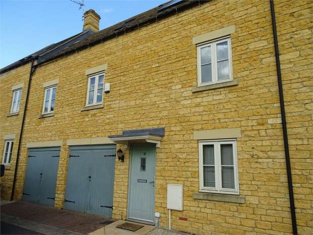 3 Bedrooms Town House for sale in Coln Gardens, Andoversford, Cheltenham, Gloucestershire