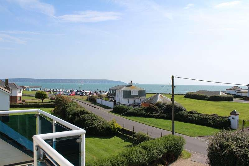 4 Bedrooms Duplex Flat for sale in Westover Road, Milford On Sea, Lymington