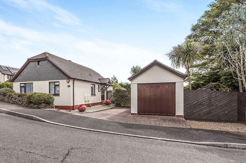 3 Bedrooms Detached Bungalow for sale in Mount Pleasant Close, Camborne, TR14