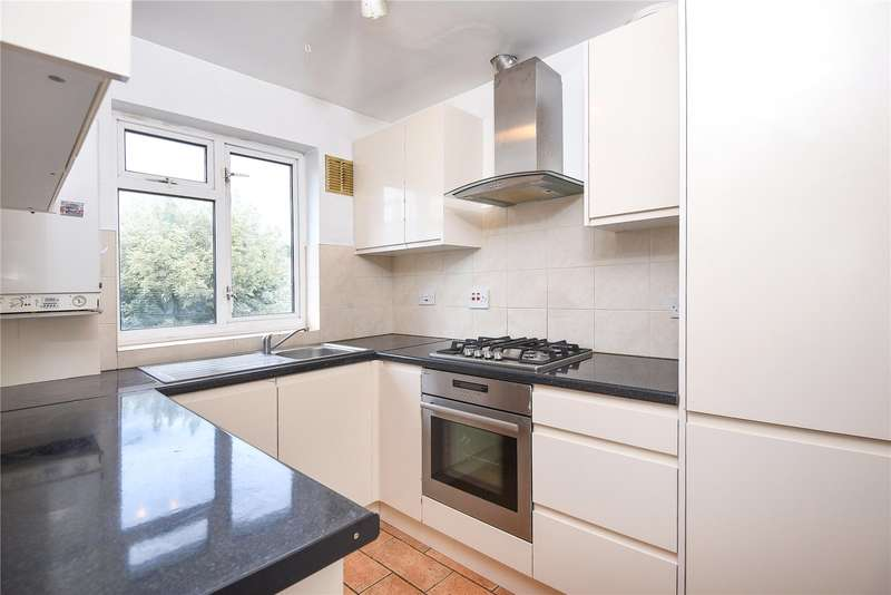 2 Bedrooms Maisonette Flat for sale in Moor Lane Crossing, Watford, Hertfordshire, WD18
