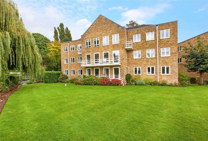 2 Bedrooms Flat for sale in Braybank, Bray, Maidenhead, Berkshire, SL6