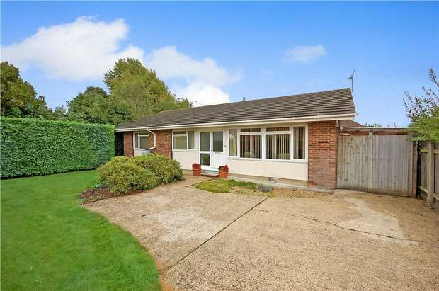 3 Bedrooms Detached Bungalow for sale in Rowledge, Farnham, Surrey