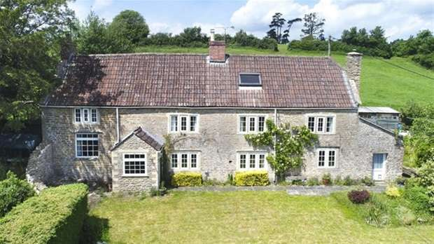 4 Bedrooms Detached House for sale in Buckland Dinham, Frome