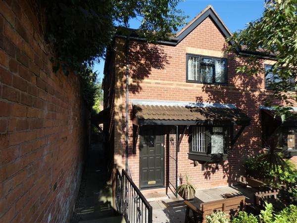 1 Bedroom Maisonette Flat for rent in The Cedars, Yardley, Birmingham
