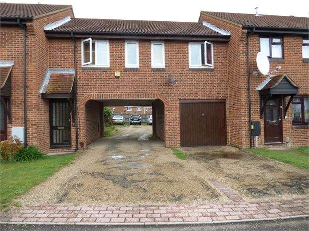 1 Bedroom Apartment Flat for sale in Woodcotes, Shoeburyness, Shoeburyness, SS3 8XH