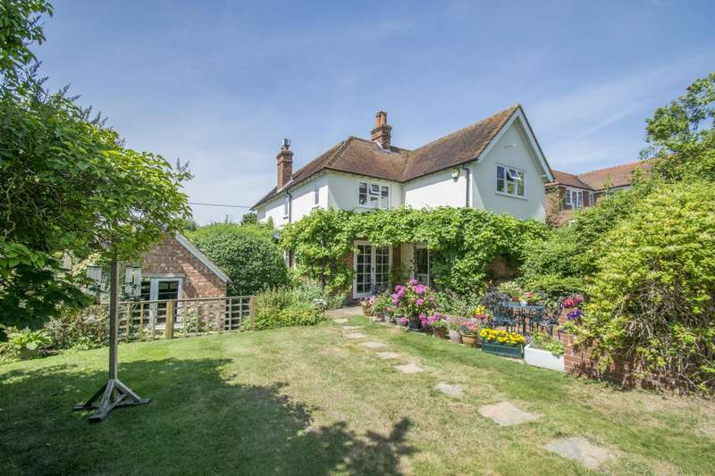 4 Bedrooms Detached House for sale in Goring on Thames, Reading, RG8