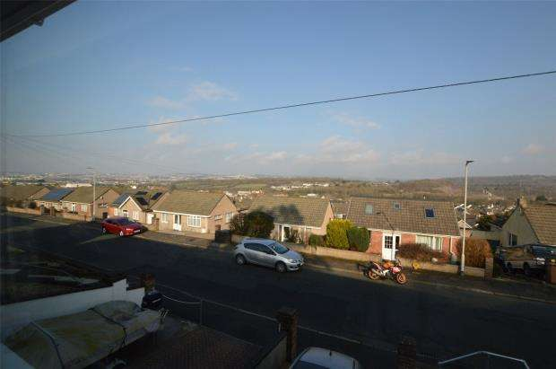 3 Bedrooms Semi Detached Bungalow for sale in Dunstone View, Plymouth, Devon