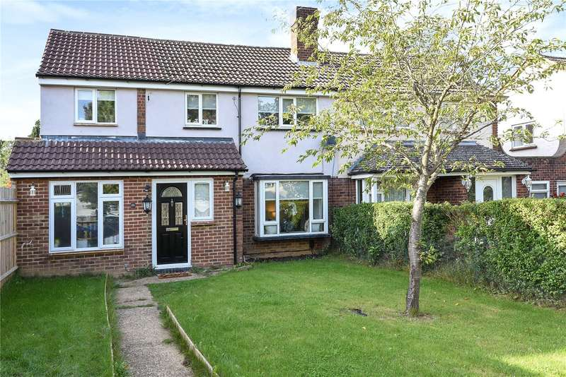 3 Bedrooms Semi Detached House for sale in Oakfield, Mill End, Hertfordshire, WD3
