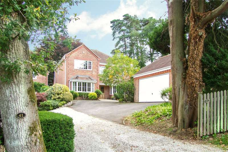 4 Bedrooms Detached House for sale in Carlton Road, Headley Down, Hampshire, GU35