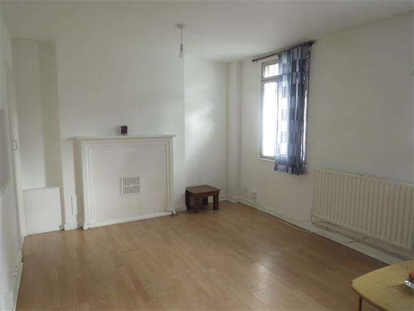 2 Bedrooms Apartment Flat for sale in Albert Carr Gardens, Streatham