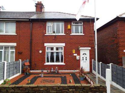 3 Bedrooms Semi Detached House for sale in Alexandra Avenue, Whitefield, Manchester, Greater Manchester