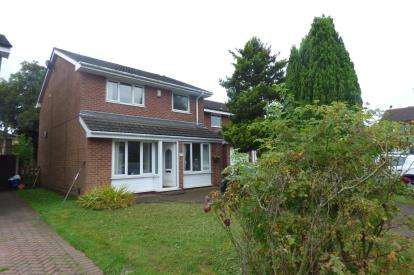 3 Bedrooms Detached House for sale in The Park, Penketh, Warrington, Cheshire