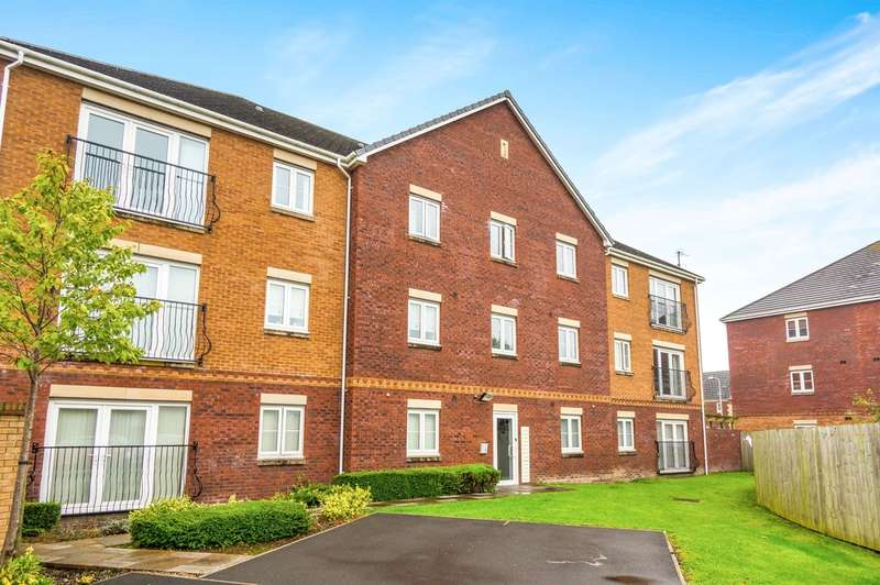 2 Bedrooms Apartment Flat for sale in Moorland Green, Gorseinon, Swansea