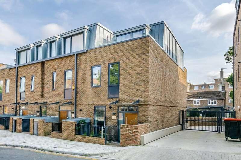 3 Bedrooms Maisonette Flat for sale in Gideon Road, Shaftesbury Estate, SW11
