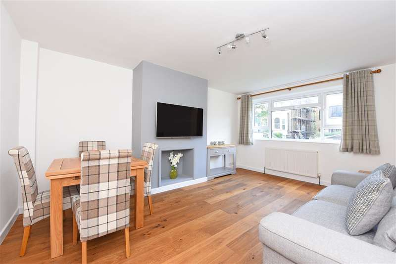 1 Bedroom Apartment Flat for sale in Hartfield Road, Wimbledon