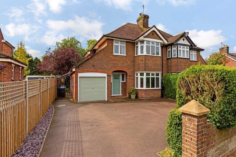 3 Bedrooms Semi Detached House for sale in Grove Road, Tring