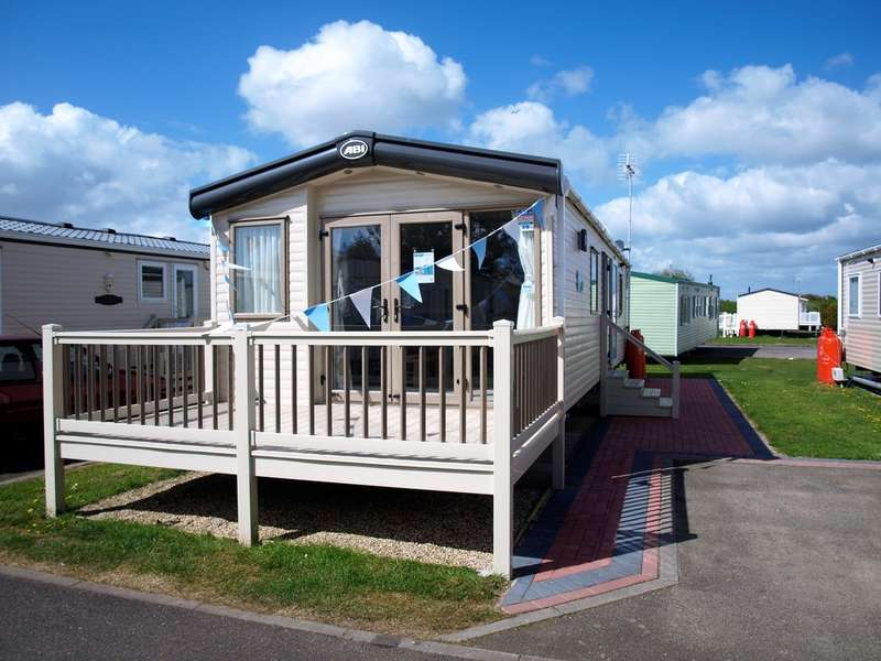 2 Bedrooms Park Home Mobile Home for sale in ABI Haywood, Naze Marine Holiday Park