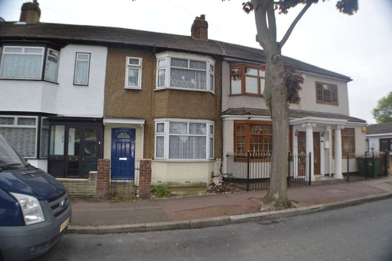 3 Bedrooms Terraced House for sale in Mortlake Road, London, E16
