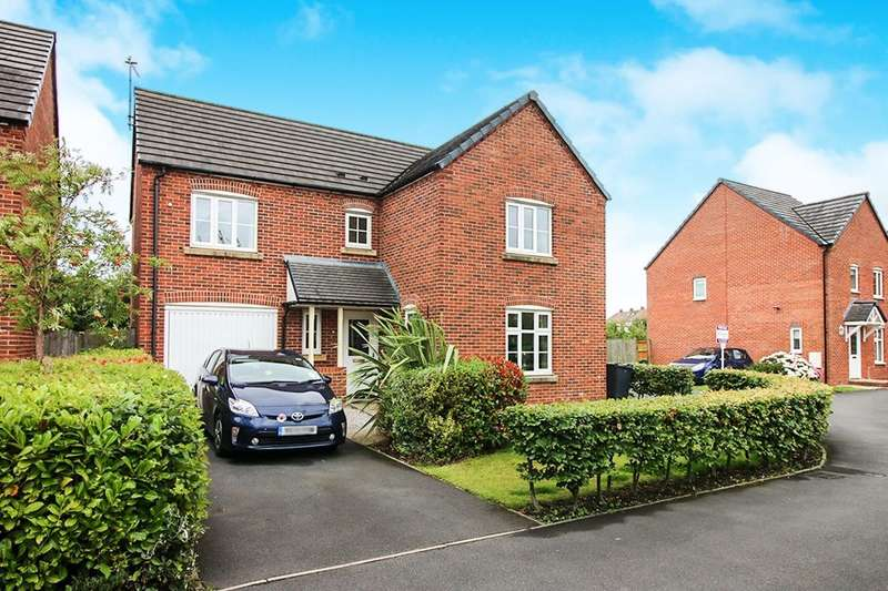 4 Bedrooms Detached House for sale in Douglas Avenue, Wesham, Preston, PR4