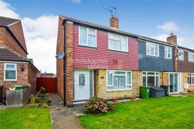 3 Bedrooms End Of Terrace House for sale in Downfield Road, Cheshunt, Hertfordshire