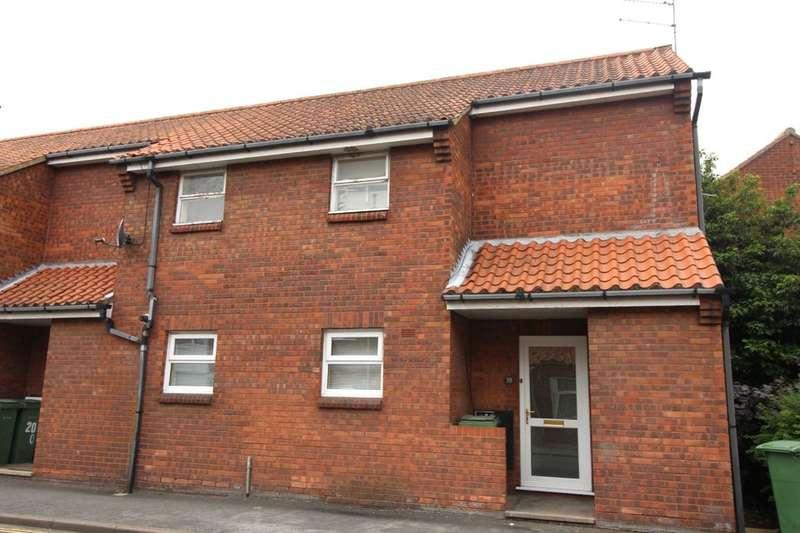 2 Bedrooms Flat for sale in Southgate, Hessle, HU13