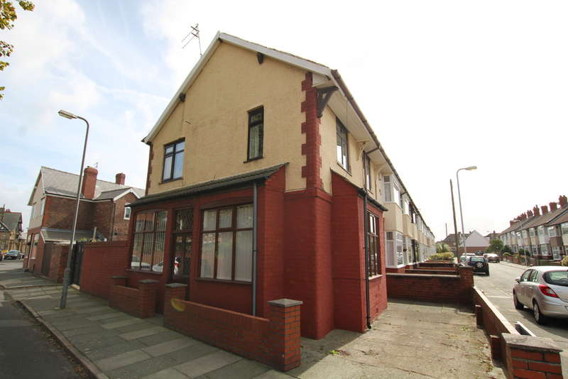 3 Bedrooms End Of Terrace House for sale in Warrenhouse Road, Waterloo, Liverpool, L22