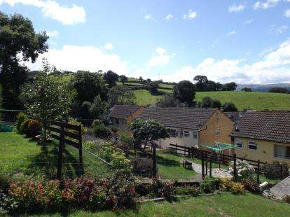 3 Bedrooms Semi Detached House for sale in Heol Fryn, Mochdre, Colwyn Bay, Conwy, LL28