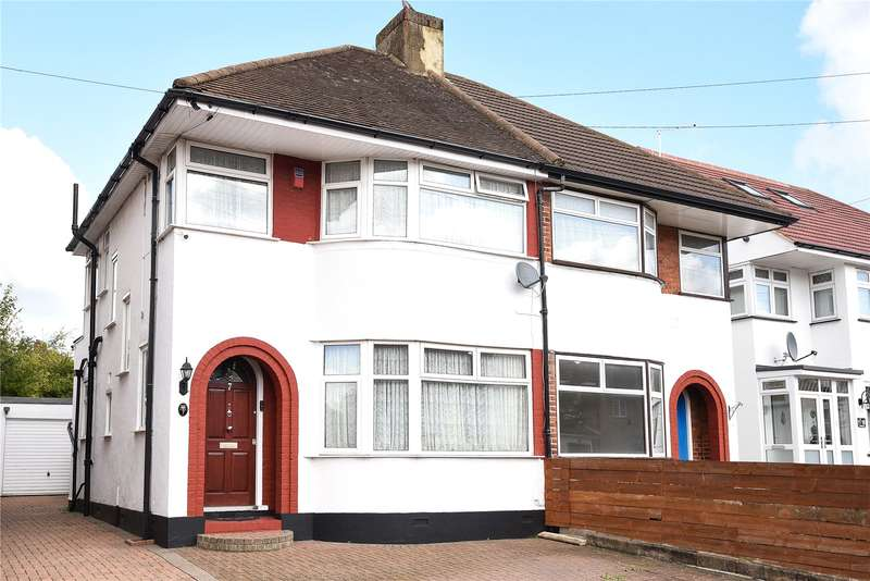 3 Bedrooms Semi Detached House for sale in Felbridge Avenue, Stanmore, Middlesex, HA7