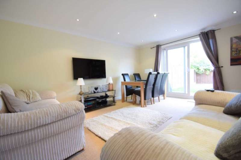 3 Bedrooms Semi Detached House for sale in Heron Close, Rayleigh