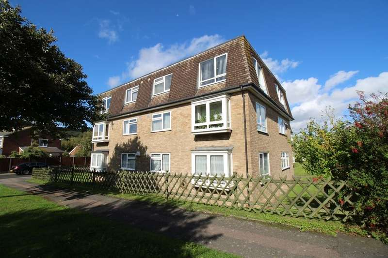 2 Bedrooms Flat for sale in Lukin House Romney Way, HYTHE, CT21