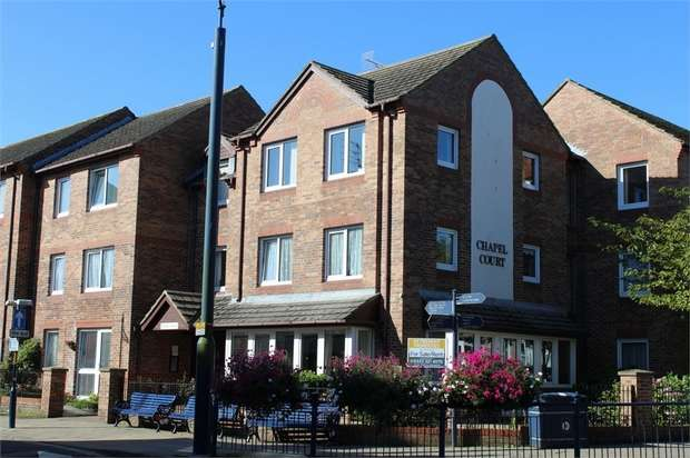1 Bedroom Flat for sale in West Avenue, Filey, North Yorkshire