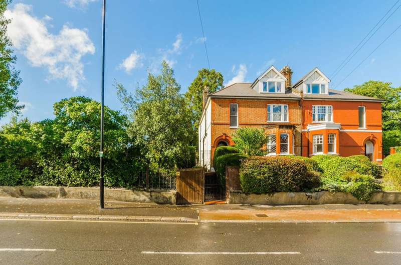 5 Bedrooms House for sale in Park Avenue, Bounds Green, N22