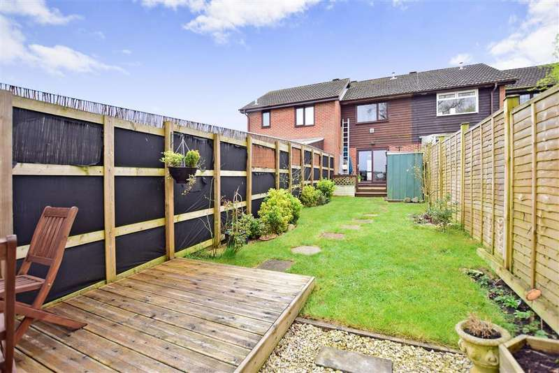 2 Bedrooms Terraced House for sale in Aspen Close, Newport, Isle of Wight