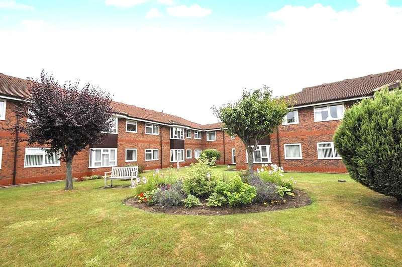 2 Bedrooms Flat for sale in St. Marys Mews Greenshaw Drive, Wigginton, York, YO32