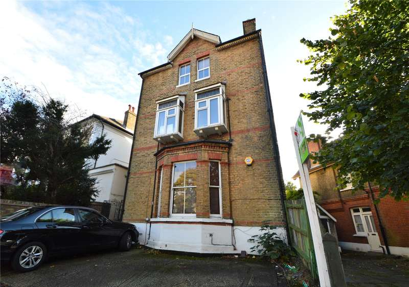 3 Bedrooms Maisonette Flat for sale in St. Peters Road, Croydon