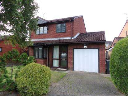 3 Bedrooms Detached House for sale in Elsham Crescent, Lincoln, Lincolnshire, .