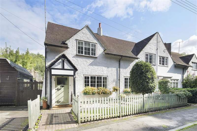 4 Bedrooms End Of Terrace House for sale in Quarry Cottages, Limeworks Road, Merstham, Surrey RH1 3BS
