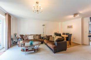 3 Bedrooms End Of Terrace House for sale in Edward Vinson Drive, Faversham