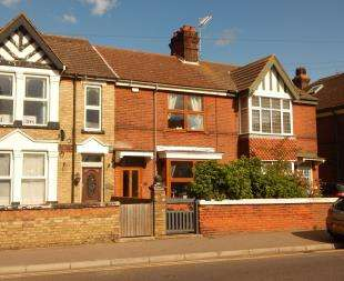 3 Bedrooms Terraced House for sale in High Street, Sheerness, Kent
