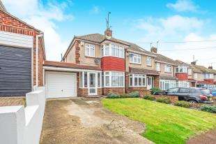 3 Bedrooms End Of Terrace House for sale in Allington Drive, Strood, Rochester, Kent