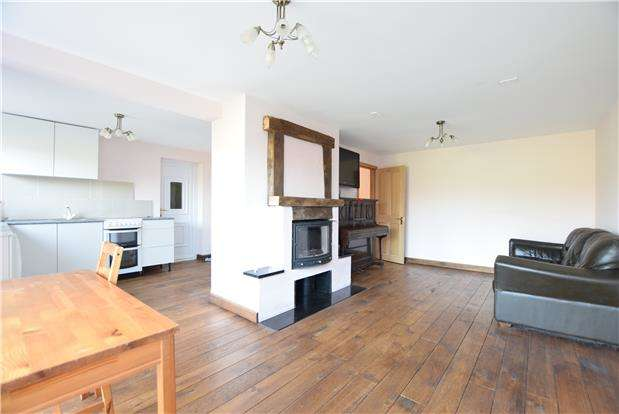 4 Bedrooms Semi Detached House for sale in Willow Road, Charlton Kings, CHELTENHAM, Gloucestershire, GL53 8PQ