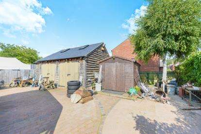 Land Commercial for sale in Garage Adjacent To 28, Vicarage Road, Bradwell, Milton Keynes