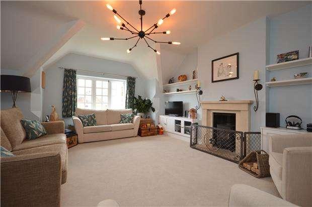 3 Bedrooms Maisonette Flat for rent in Downleaze, Stoke Bishop, BRISTOL, BS9
