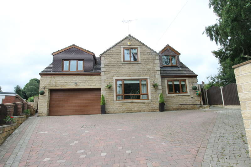 4 Bedrooms Detached House for sale in Huddersfield Road, Darton, Barnsley, S75 5NF