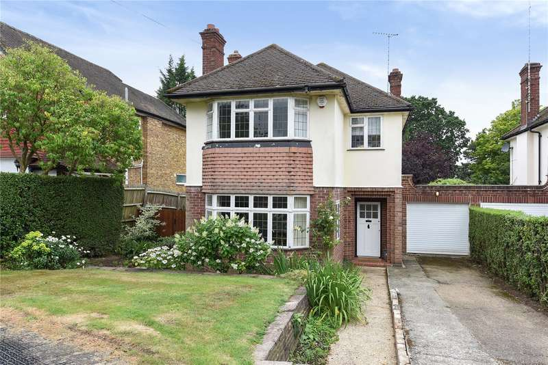 4 Bedrooms Detached House for sale in Crofters Road, Northwood, Middlesex, HA6