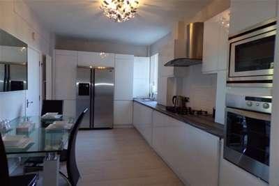 3 Bedrooms Flat for rent in Moor Court, Gosforth