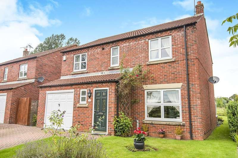 4 Bedrooms Detached House for sale in The Meadows, Foxholes, Driffield, YO25