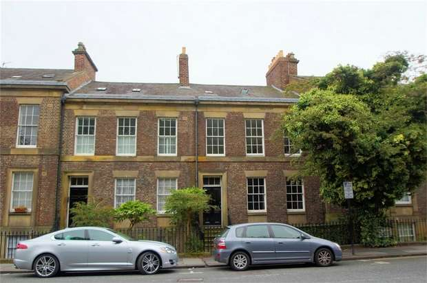 2 Bedrooms Maisonette Flat for rent in St Thomas Terrace, Newcastle Upon Tyne, Tyne and Wear, UK