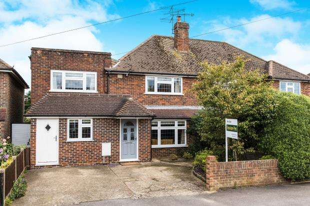 4 Bedrooms Semi Detached House for sale in Farncombe, Godalming, Surrey